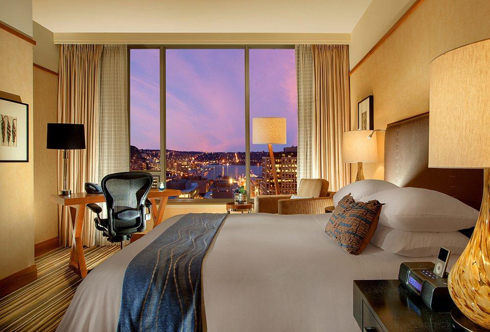 Deluxe Queen City View