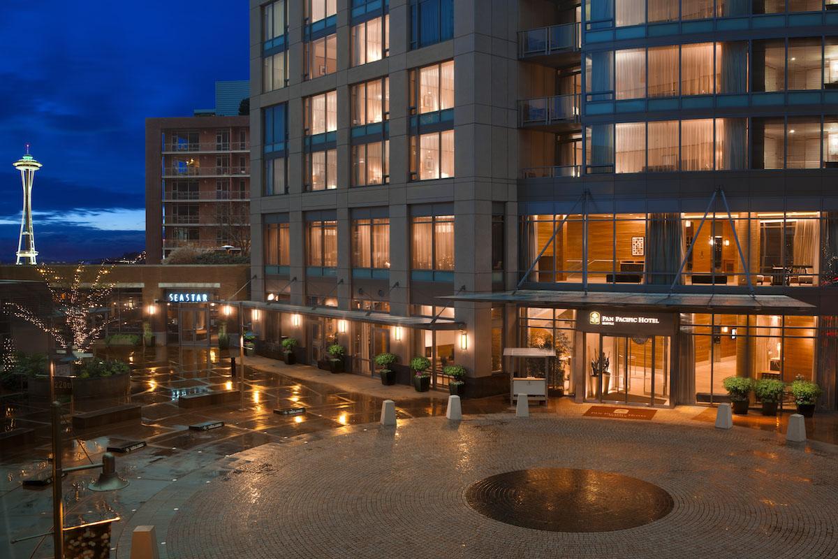 2200 Plaza